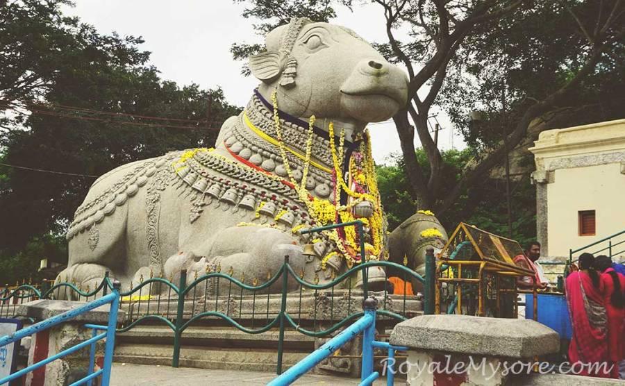 Nandi Statue, Chamundi Hills